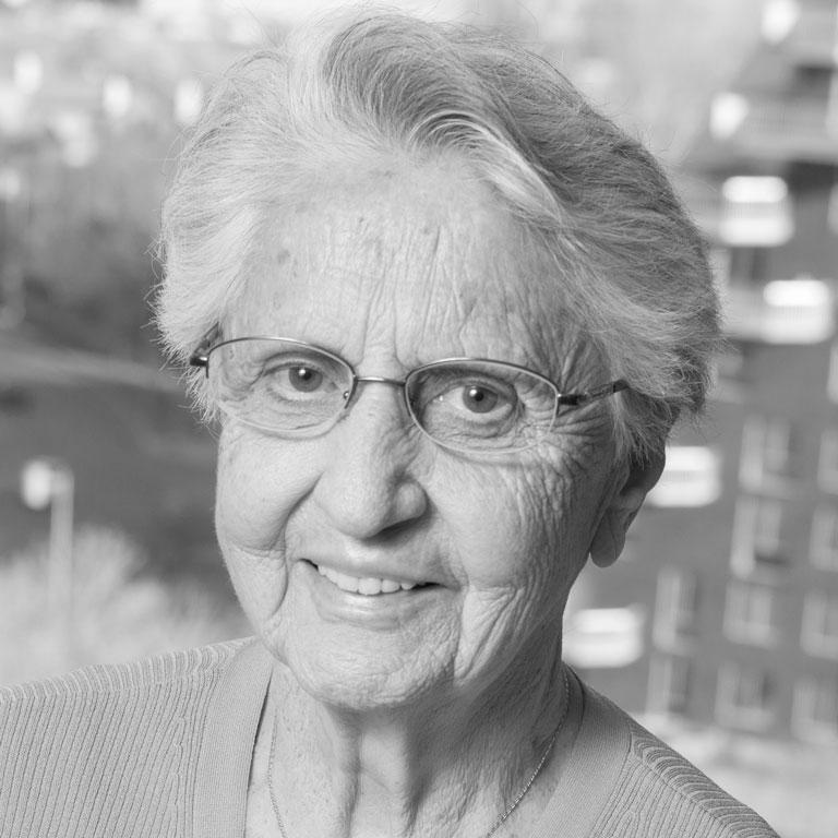 June Hébert