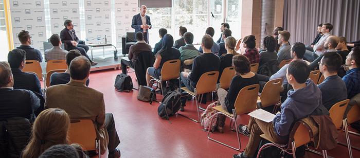 Le président de Bombardier, Alain Bellemare, rencontre les étudiants du MBA de HEC Montréal