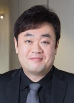 Hyung Koo Lee