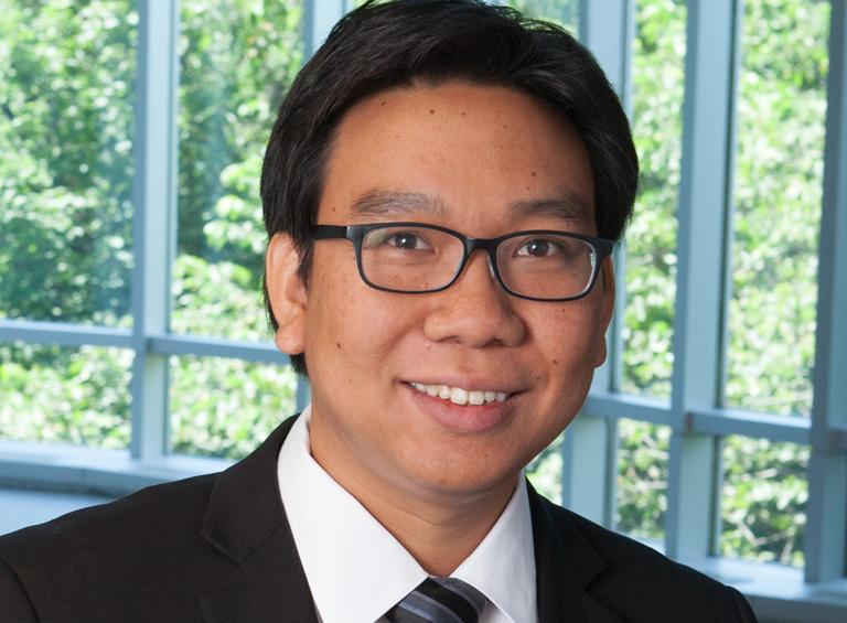 prof-yossiri
