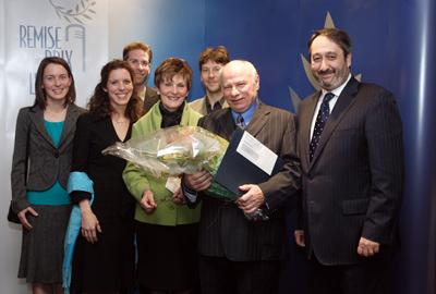 James Drew reçoit le prix Jean-Guertin