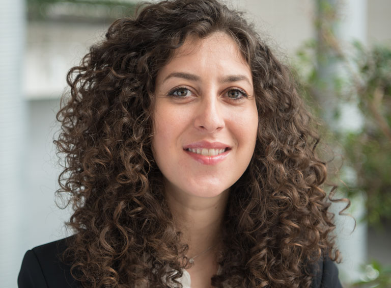 Mina Arzaghi